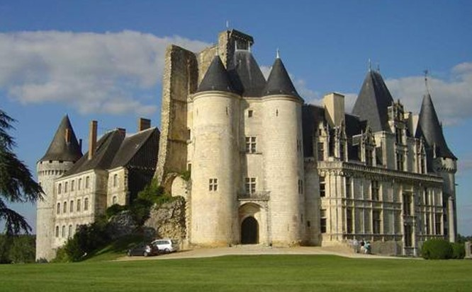 Things to do from Chateau de Charras